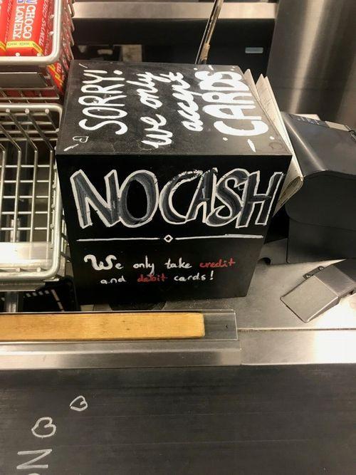 MarqtのNO Cashの表示(アムステルダム)