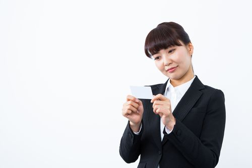クレジットカードの会費は何に使われているの?